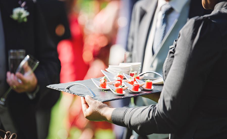 Zusammenarbeit mit Caterern und Eventmanagern