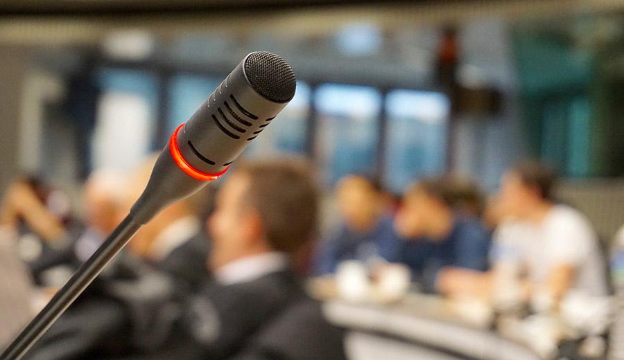 Pressearbeit mit Pressekonferenz auf Events
