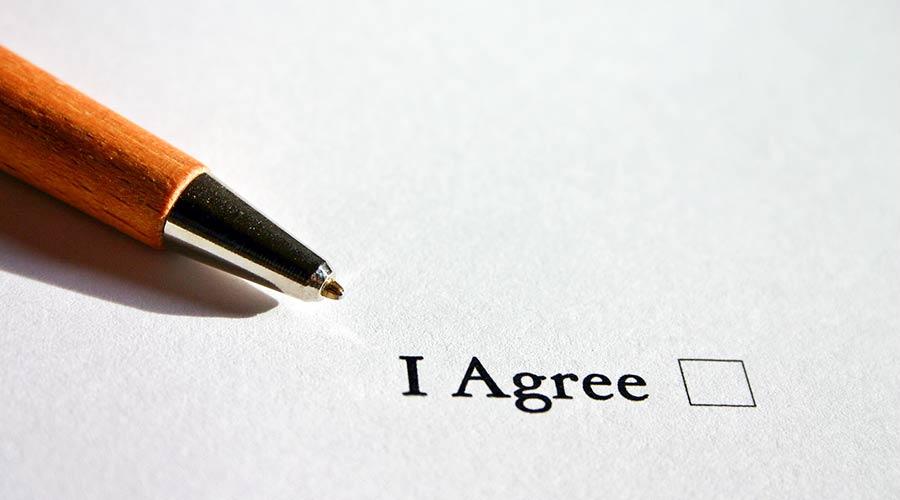 Helfer sollten eine Vereinbarungen unterschreiben.