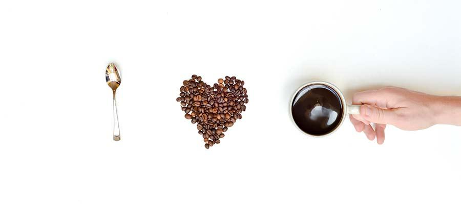 Auf BarCamps bringt man Kaffeebecher mit