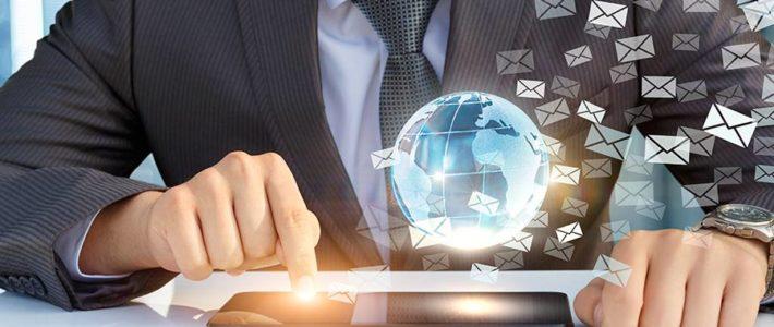 Spielregeln für E-Mails im Job