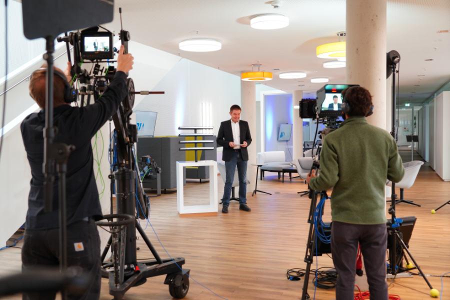 das mobile Sendestudio für Live-Streaming mit Aerovision Broadcast