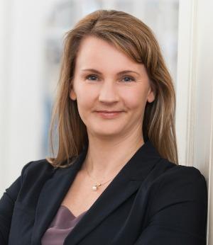 Karin Walker | Konferenzdolmetscherin und beratende Dolmetscherin